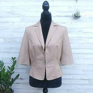 THE LIMITED Tan 3/4 Sleeve Blazer. Size 8